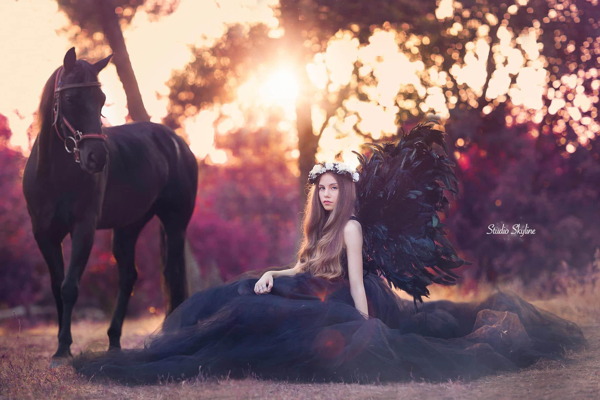 בוק בת מצווה עם סוס שחור
